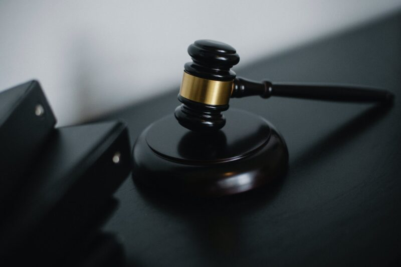 A lawyer's job is to represent you. That is something that you need to keep in mind when trying to find the professional to represent you in court. Use these tips to help guide your search and to find a lawyer who will win your case.